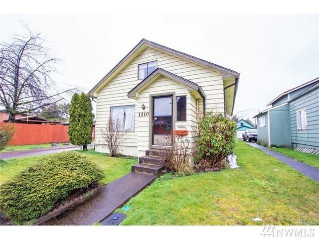 1210 E 1st St, Aberdeen, WA 98520 (#1207365) :: Ben Kinney Real Estate Team