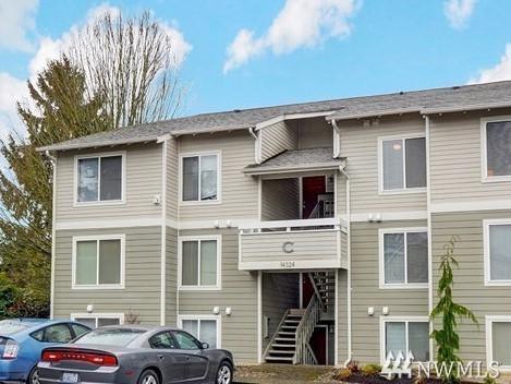 14324 126th Ave NE C201, Juanita, WA 98034 (#1207464) :: Ben Kinney Real Estate Team