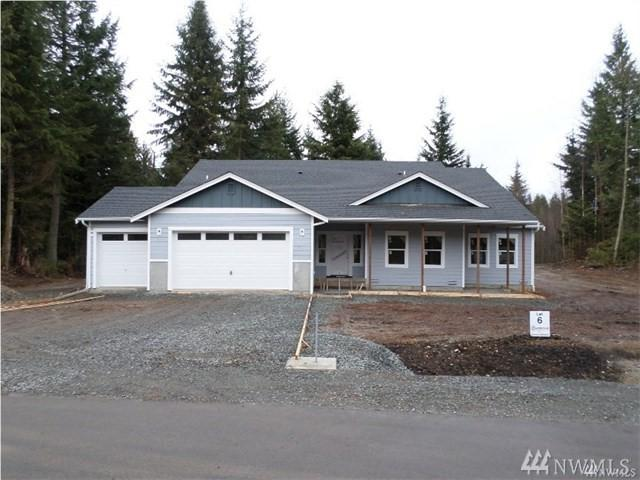 20131 45th Ave NW, Stanwood, WA 98292 (#1208009) :: Ben Kinney Real Estate Team