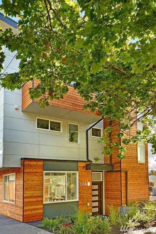 806 25th Ave S, Seattle, WA 98144 (#1208876) :: Ben Kinney Real Estate Team