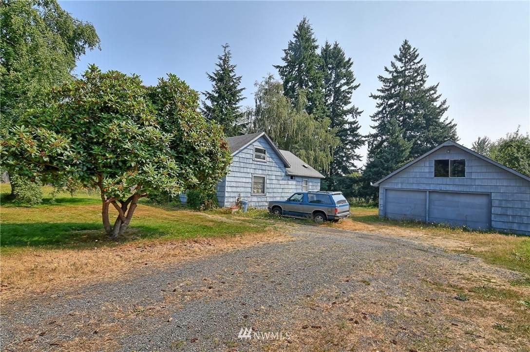 7815 Upper Ridge Road - Photo 1
