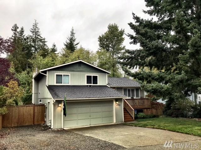 10332 27th Dr SE, Everett, WA 98208 (#1209943) :: The Key Team