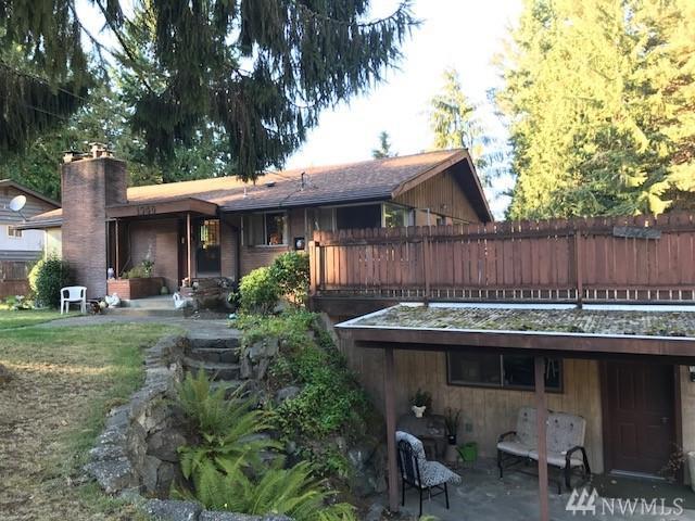1546 NE 166th St, Shoreline, WA 98155 (#1210013) :: Ben Kinney Real Estate Team