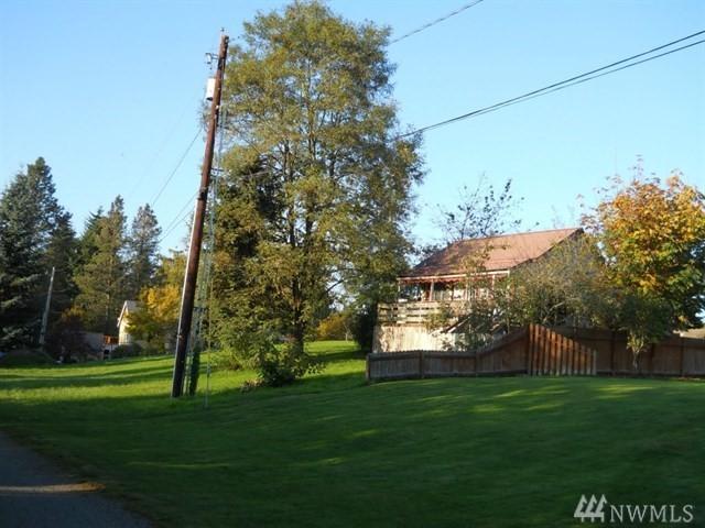 32529 1st Ave, Black Diamond, WA 98010 (#1210059) :: Ben Kinney Real Estate Team