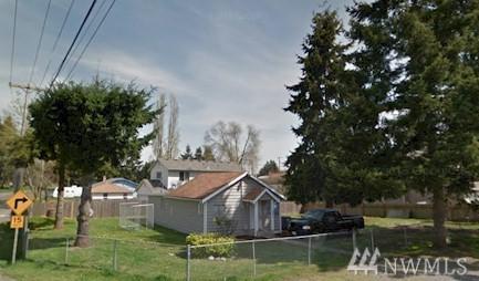 821 133rd St S, Tacoma, WA 98444 (#1218239) :: Ben Kinney Real Estate Team