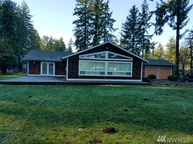 20517 SE 241st Place, Maple Valley, WA 98038 (#1224415) :: Keller Williams Realty