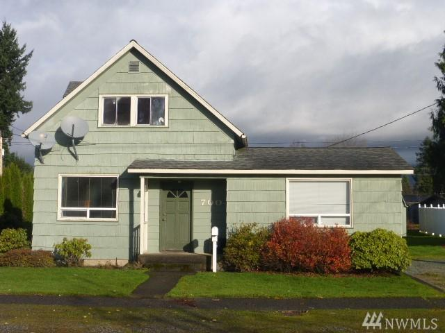 700 Sterling St, Sedro Woolley, WA 98284 (#1224989) :: Keller Williams Western Realty