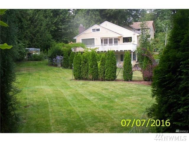 10365 NE 26th St, Bellevue, WA 98004 (#1229223) :: Homes on the Sound