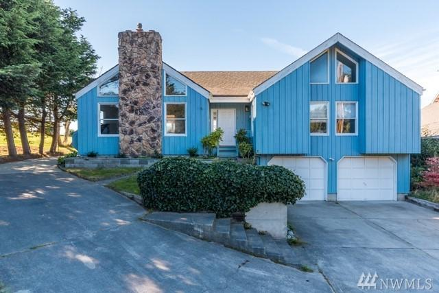 1363 Chatham Lane, Oak Harbor, WA 98277 (#1232470) :: The Craig McKenzie Team