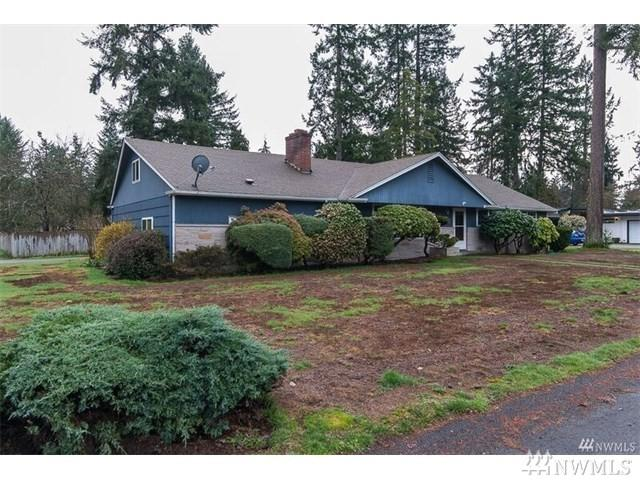 11603 Woodbine Lane SW, Lakewood, WA 98499 (#1233072) :: Keller Williams Realty