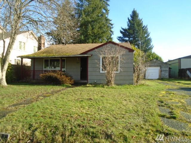 8635 S D St, Tacoma, WA 98444 (#1233780) :: Homes on the Sound
