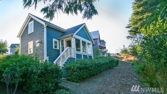 25 Lily Lane, Pacific Beach, WA 98571 (#1235934) :: Homes on the Sound