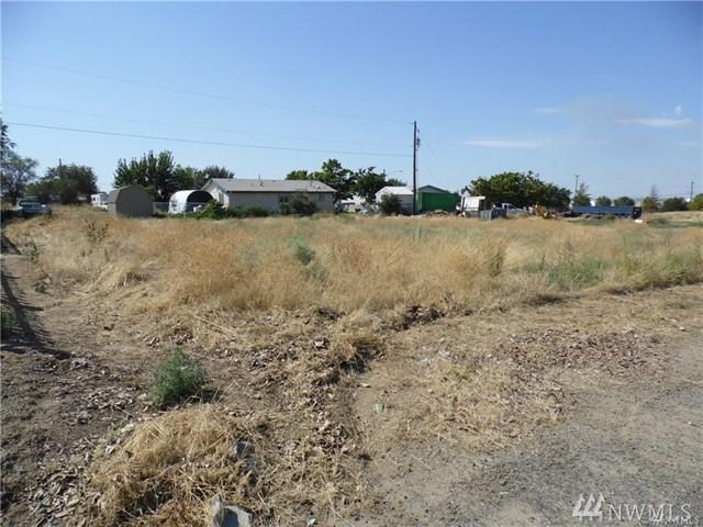 213 S Adams Ave, Warden, WA 98857 (#1237304) :: Homes on the Sound