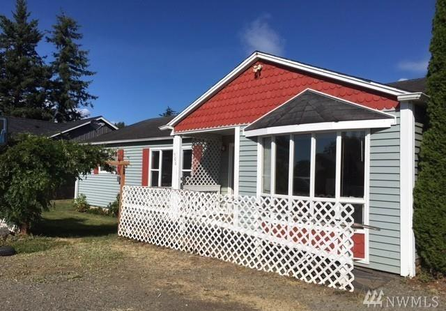 506 W 3rd St, Nooksack, WA 98276 (#1238195) :: Homes on the Sound