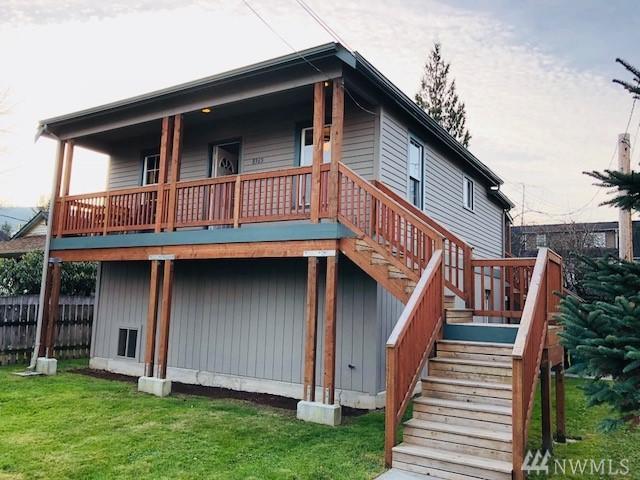 8365 Doone Ave SE, Snoqualmie, WA 98065 (#1238230) :: The DiBello Real Estate Group