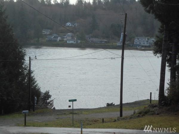 242 E Soundview Dr, Shelton, WA 98584 (#1238848) :: Homes on the Sound