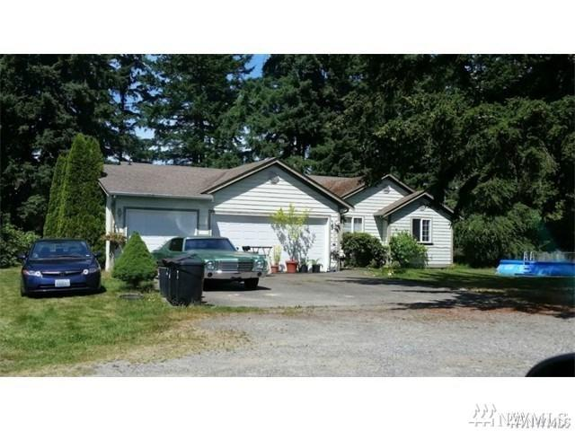 2505 176th St E, Tacoma, WA 98445 (#1240802) :: Homes on the Sound