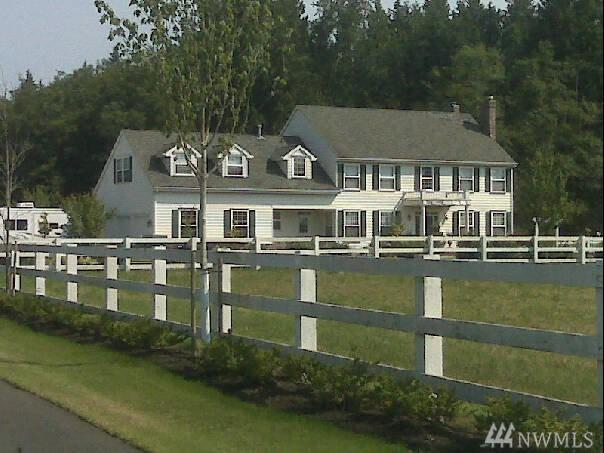 3215 280th St NW, Stanwood, WA 98292 (#1241064) :: Homes on the Sound