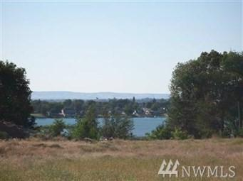 18 Rainier View Lane NE, Moses Lake, WA 98837 (#1241230) :: Homes on the Sound