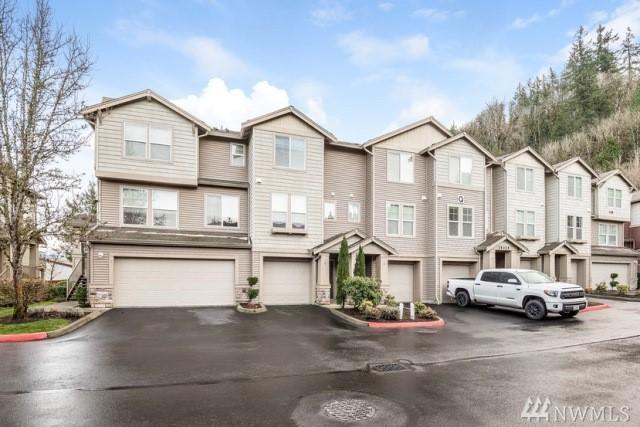 15325 SE 155th Place Q-2, Renton, WA 98058 (#1245520) :: The DiBello Real Estate Group