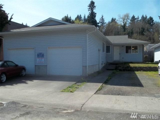 405 Arden Ave, Winlock, WA 98596 (#1245832) :: Homes on the Sound