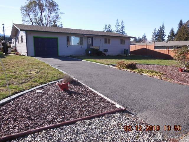 1332 W 11Th. St., Port Angeles, WA 98363 (#1246494) :: Homes on the Sound