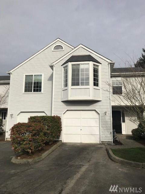 12932 103rd Place NE, Kirkland, WA 98034 (#1246638) :: The DiBello Real Estate Group
