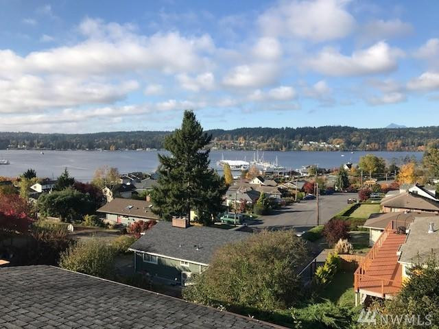 18261 9th Ave, Poulsbo, WA 98370 (#1247905) :: Keller Williams - Shook Home Group