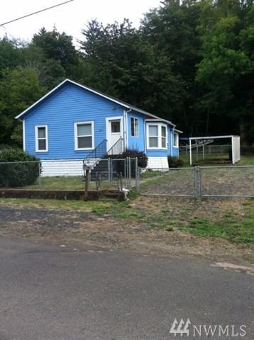 1449 Larch St, Raymond, WA 98577 (#1252218) :: Keller Williams - Shook Home Group