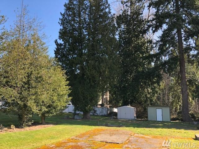 33504 18th Ave S, Federal Way, WA 98003 (#1256866) :: Homes on the Sound