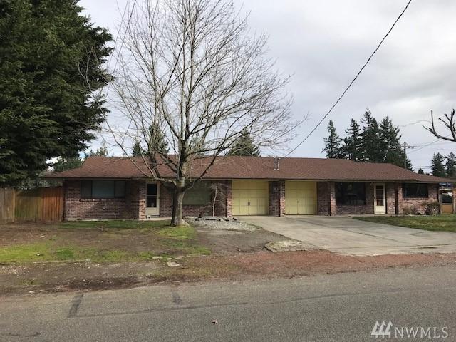 10127 S Barnes Ln, Tacoma, WA 98444 (#1258530) :: The DiBello Real Estate Group