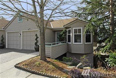 4231 Providence Point Dr SE #98029, Issaquah, WA 98029 (#1262852) :: Carroll & Lions