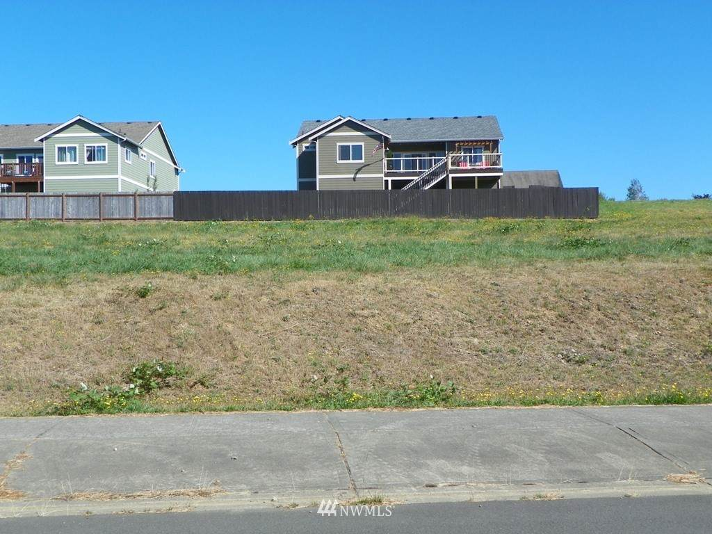 535 Meadow Loop - Photo 1