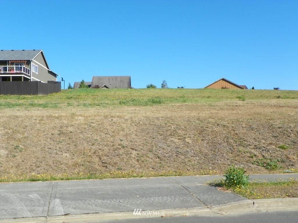 525 Meadow Loop - Photo 1