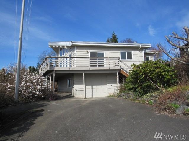 4372 Melcher Ave, Lummi Island, WA 98262 (#1264656) :: Carroll & Lions