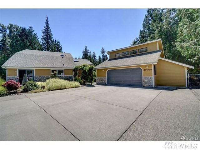 20004 230th Ave E, Orting, WA 98360 (#1273831) :: The Snow Group at Keller Williams Downtown Seattle
