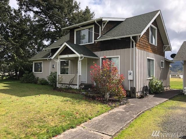 60 E Sunny Sands Rd, Cathlamet, WA 98612 (#1274655) :: Real Estate Solutions Group