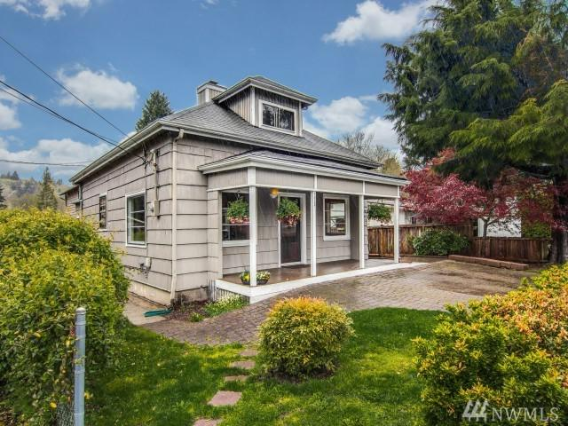 175 First Ave NW, Issaquah, WA 98027 (#1275825) :: The Vija Group - Keller Williams Realty