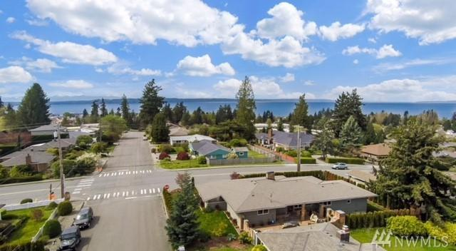 506 9th Ave N, Edmonds, WA 98020 (#1276773) :: Ben Kinney Real Estate Team