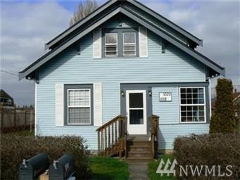 1018 28th St, Anacortes, WA 98221 (#1276940) :: Carroll & Lions