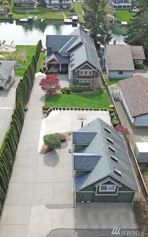 1804 186th Avenue East, Lake Tapps, WA 98391 (#1279138) :: Mike & Sandi Nelson Real Estate