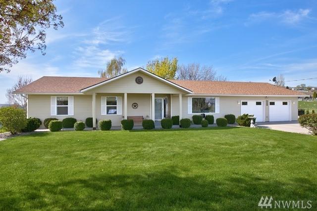240 Sunset Vista Lane, Selah, WA 98942 (#1280628) :: Better Homes and Gardens Real Estate McKenzie Group