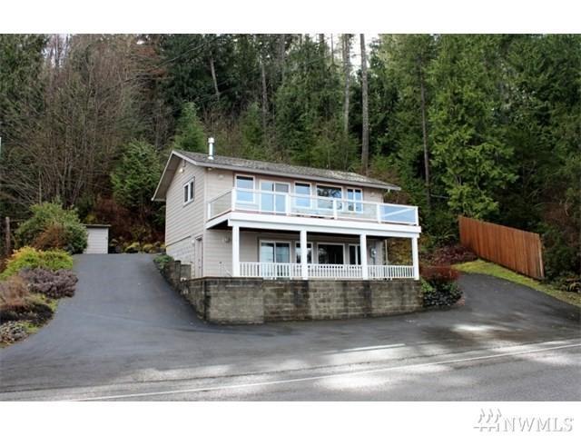 9090 E State Route 106, Union, WA 98592 (#1286691) :: Homes on the Sound