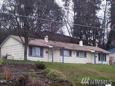 3230 Halverson Ave, Bremerton, WA 98310 (#1287975) :: Morris Real Estate Group