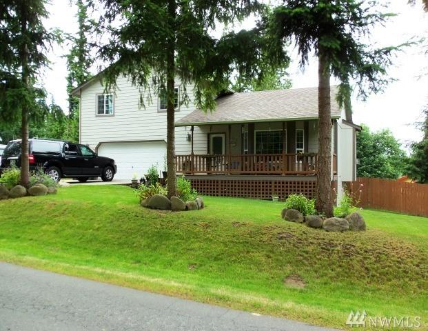 21724 Clearlake Blvd SE, Yelm, WA 98597 (#1288566) :: Better Homes and Gardens Real Estate McKenzie Group