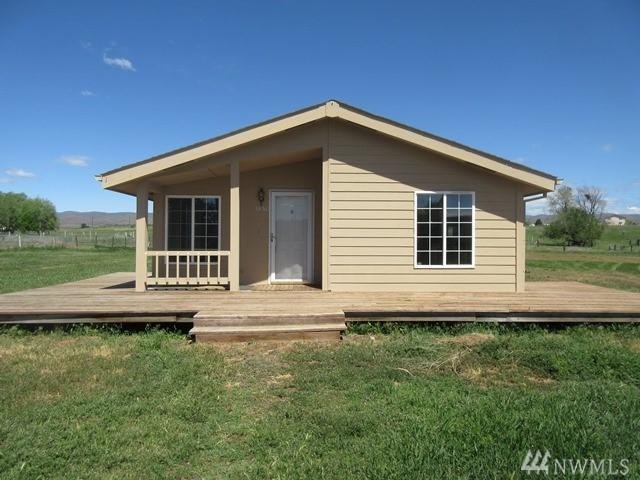 1851 W Huntzinger Rd, Selah, WA 98942 (#1290171) :: Morris Real Estate Group
