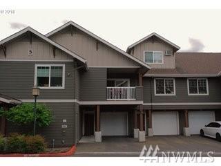 10800 SE 17th Cir S206, Vancouver, WA 98664 (#1290810) :: Keller Williams Everett