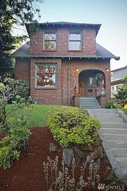 1716 NE Ravenna Blvd, Seattle, WA 98105 (#1292164) :: Icon Real Estate Group