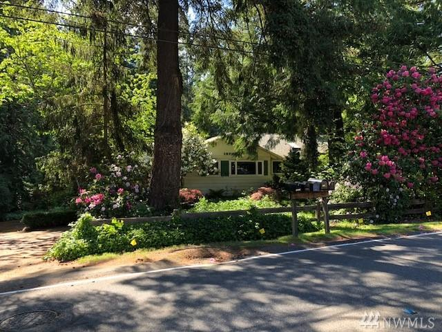 19730 88th Ave W, Edmonds, WA 98026 (#1296203) :: Real Estate Solutions Group