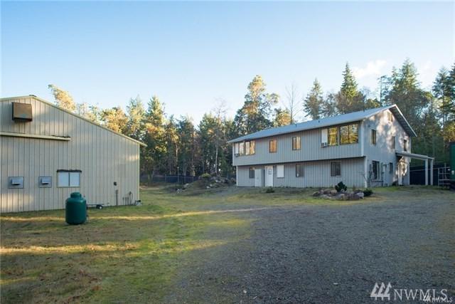 26740 SW Vashon Hwy, Vashon, WA 98070 (#1297241) :: Icon Real Estate Group